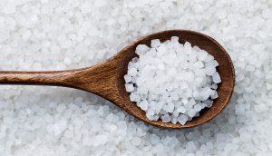 پیمانه و نمک