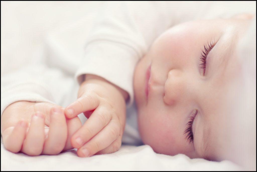 اهمیت داشتن استراحت کافی در طول شبانه روز مخصوصا برای کودکان